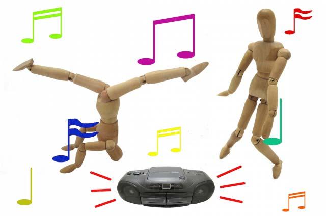 クラブ客「あいつ、マネして踊ってるぜー」 私「ああああー」