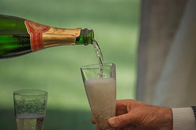 クラブで飲みなれないシャンパンを飲んだ結果